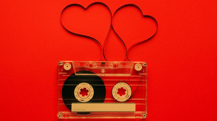 7 Romantic 90's Songs That Define Nostalgia | Ishq com