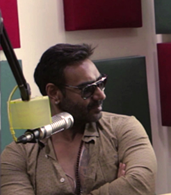Ajay Devgn hates selfies | Ishq Khulke with SidK | Ajay Devgn | Ileana D'cruz
